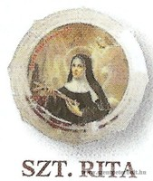 Szent Rita rózsafüzér dobozban