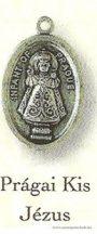 Prágai Kis Jézus ezüstözött érem