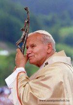 Szent II. János Pál pápa-hűtőmágnes