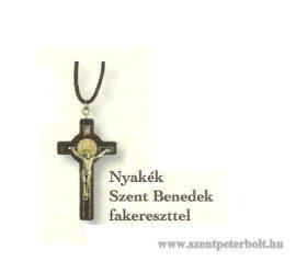 Nyakék Szent Benedek fakereszttel